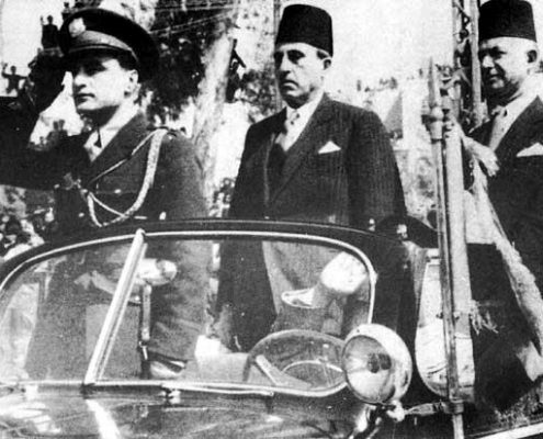 President Shukri al-Quwatli and Prime Minister Saadallah al-Jabiri celebrating Syria's first Independence Day on 17 April 1946.