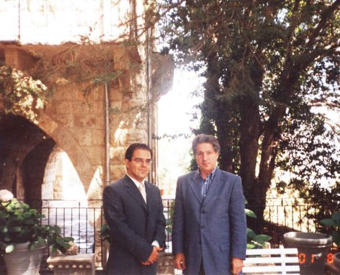 Sami Moubayed interviewing President Amin Gemayel in 2001.